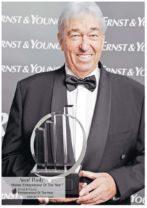 2009: Aimé Pouly is awarded the prestigious 'Swiss Master Entrepreneur of the Year'